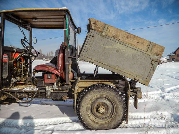 Подъёмник кузова позаимствовали у гэдээровского «Мультикара». самоделка, своими руками, трактор