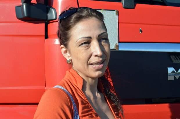 Дальнобойщица Оксана из Могилева Дальнобойщица, дальнобойщик, женщина водитель
