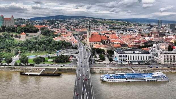В Словакии позитивно оценили решение Чехии о высылке российских дипломатов