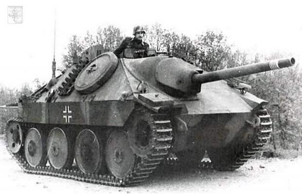 Истребительно-противотанковая САУ SDKFZ 138/2 «ГЕЦЕР»