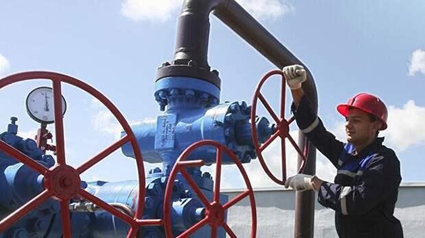 Цена на газ в Европе приблизилась к рекордным 500 долларам за тысячу кубометров
