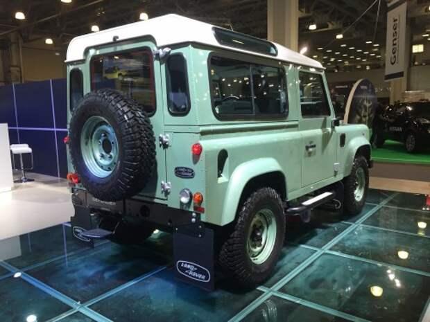 Land Rover привезла на Off-road Show в Москве прощальный Defender