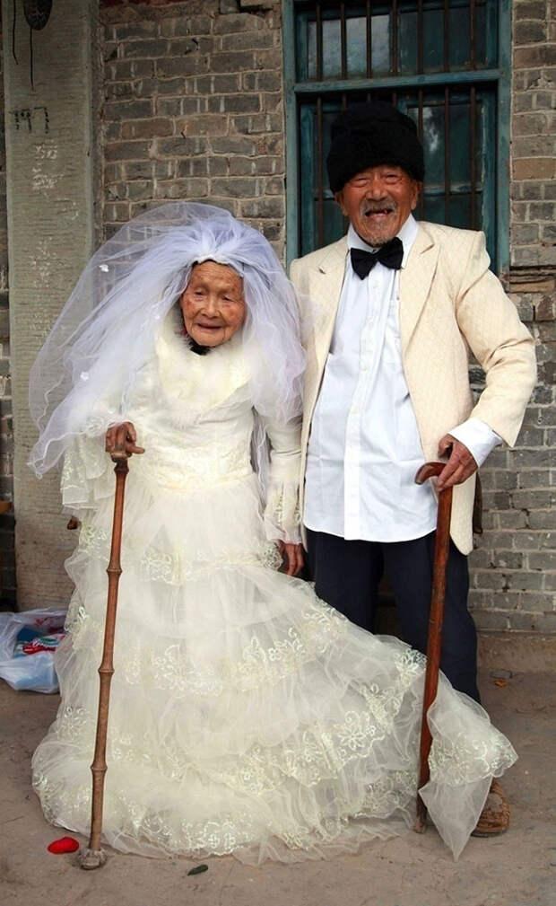Монголы. Жениху 101, невесте 103 года