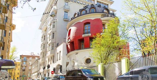 13 необычных домов России