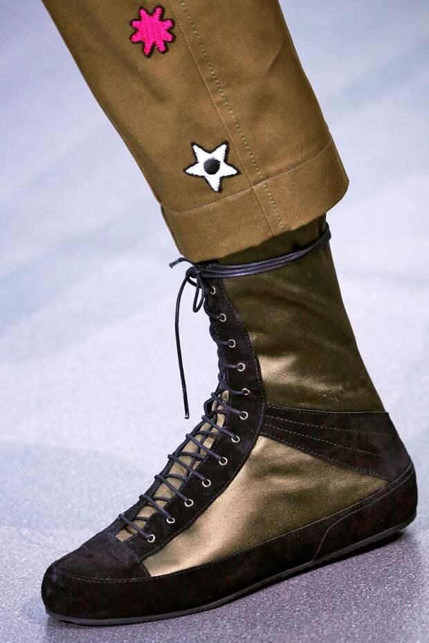 Обувь на плоской подошве со шнуровкой осень-зима 2018-2019