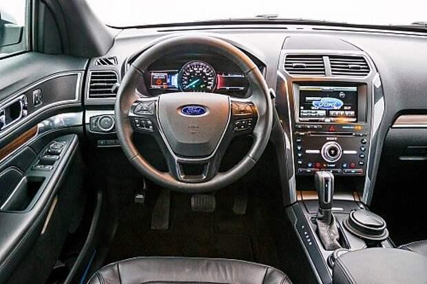 Обновленный Ford Explorer: пришпориваем тучного коня