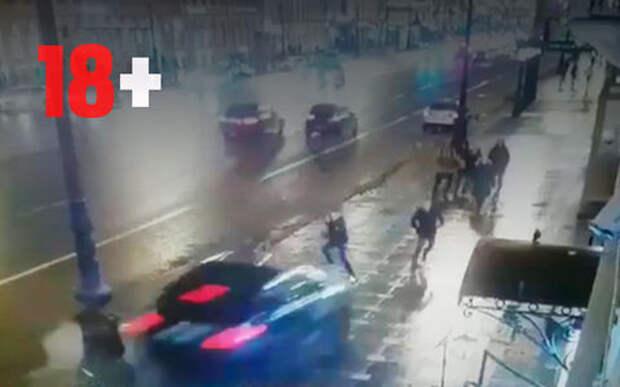 Водитель BMW, врезавшийся в толпу прохожих, был под веселящим газом