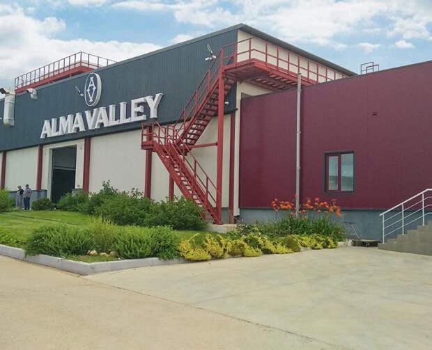 Гравитационная винодельня Alma Valley: экскурсии и дегустационные сеты для гостей