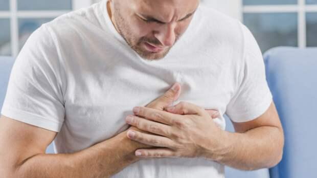 Кардиолог рассказал о смертельной опасности боли в сердце