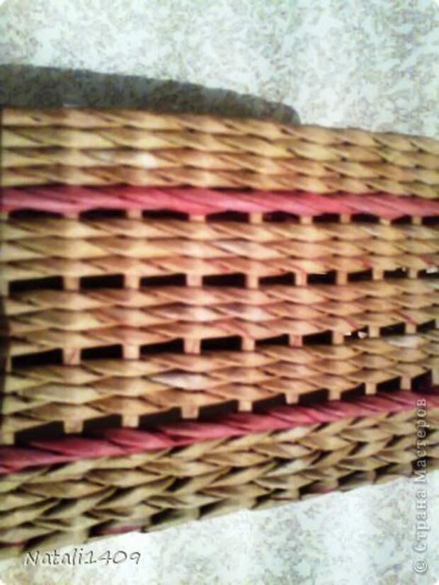 Декор предметов Поделка изделие Декупаж Плетение Ажурные ромбики Бумага газетная Салфетки Трубочки бумажные фото 2