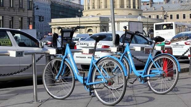 Новые ПДД могут ввести в России для владельцев скутеров и велосипедов
