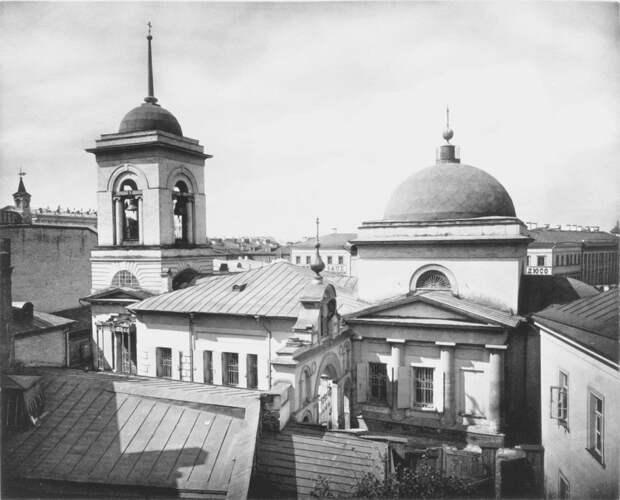 Церковь Троицы Живоначальной в Полях. Фото из альбома Найденова Н. А., 1882 год