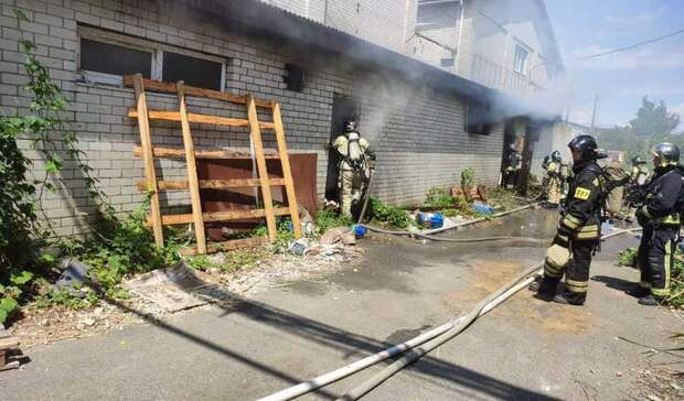 Мебельный цех загорелся вСтаврополе