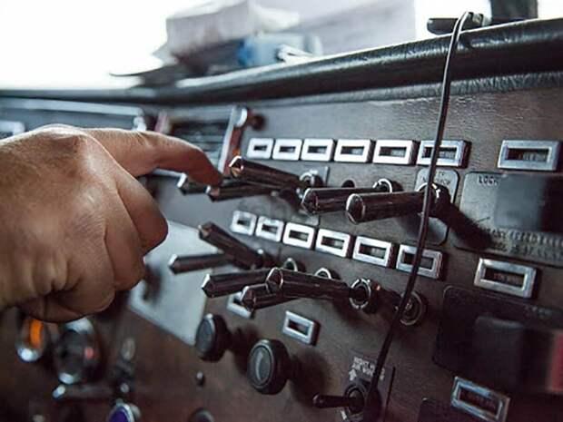 Обесточить борт: зачем нужен выключатель массы и можно ли его поставить на современное авто