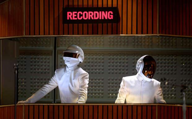 Дуэт Daft Punk объявил о распаде