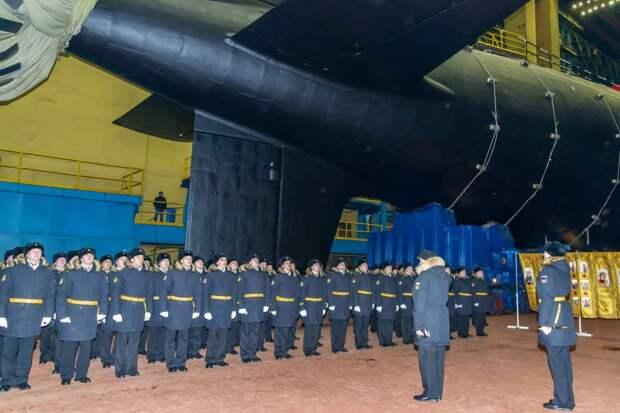 Для ВМФ России построят 14 атомных подлодок