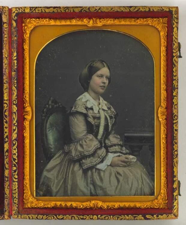 25 колорированных ретро фотографий викторианских красавиц середины XIX века