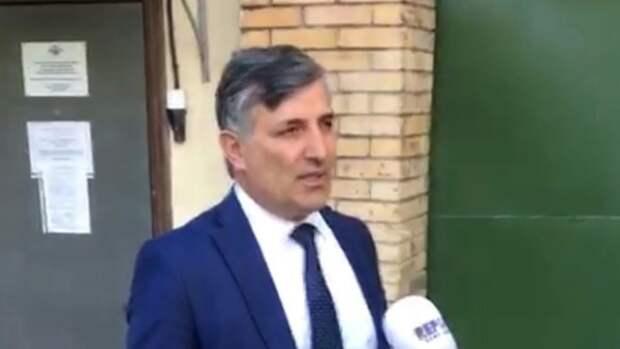 """Адвокат Ефремова высказался о слухах про отставку: """"Вы меня танком от него не уберете"""""""
