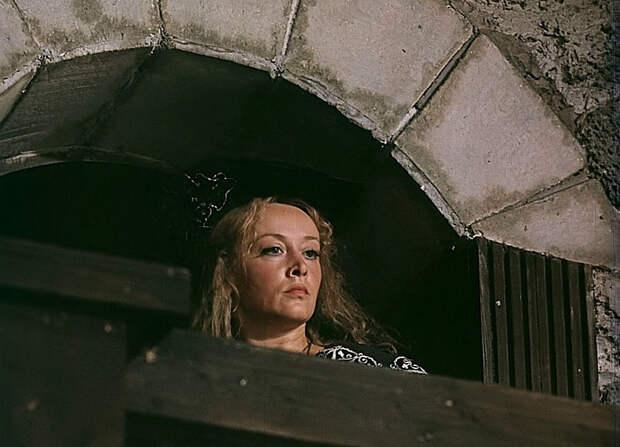 """Маргарита Терехова на съёмках """"Д'Артаньян и три мушкетёра"""""""