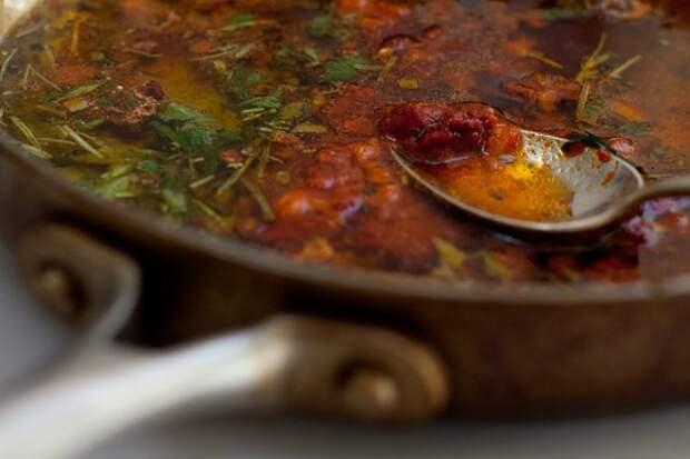 Простые рецепты масла, соусов и заправок для салатов с ранней зеленью
