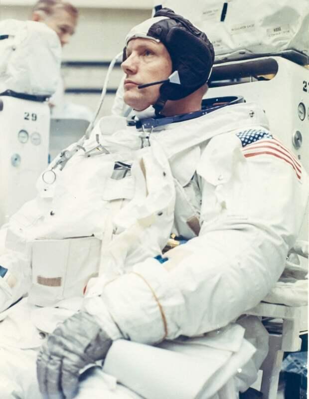 1969. Астронавт Нил Армстронг, командир «Аполлона-11»