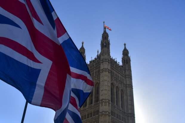 Упрощение визового режима между РФ и Британией возможно при готовности Лондона – Келин