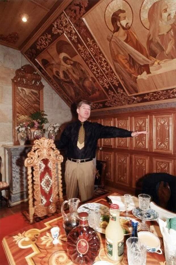Брынцалов. Евгений Кондаков, 1989 - 1993 год, из архива МАММ/МДФ.