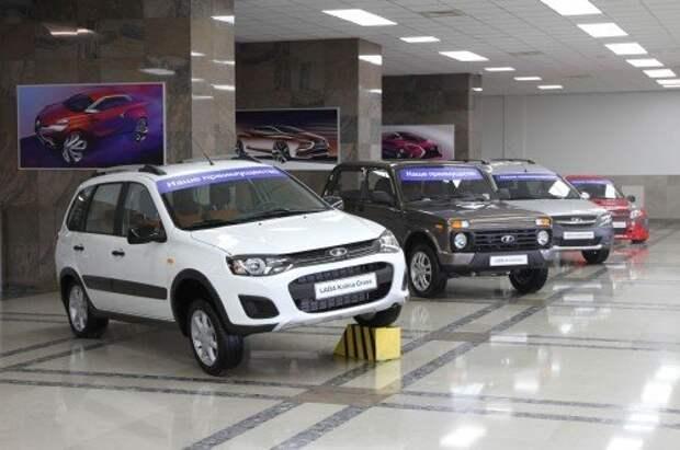 Дилеры стали чаще закрывать автоцентры из-за падения продаж