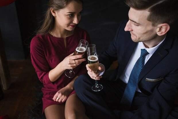 Секреты женского пикапа: где знакомиться с мужчинами, как выглядеть и о чем с ними говорить?