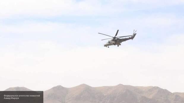 Российские вертолеты проверили оккупированные США территории Сирии