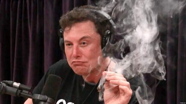 Трудится, аки пчёл...К концу этой недели Илон Маск станет богатейшим человеком в мире