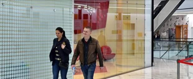 Торговый центр у метро «Пятницкое шоссе» украсят стальными панелями