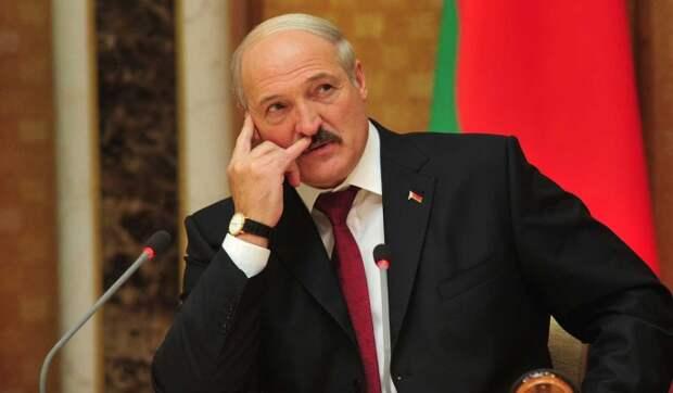 Эксперт о призыве Лукашенко вооружить дружины: Может развязать гражданскую войну