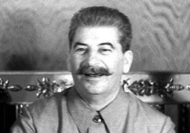 В каких случаях Сталин использовал своих двойников