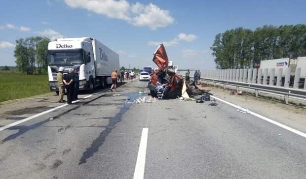 В Башкирии в столкновении с грузовиком погиб ребенок