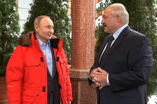 Лукашенко назвал Путина единственным другом и намекнул на дорогой газ
