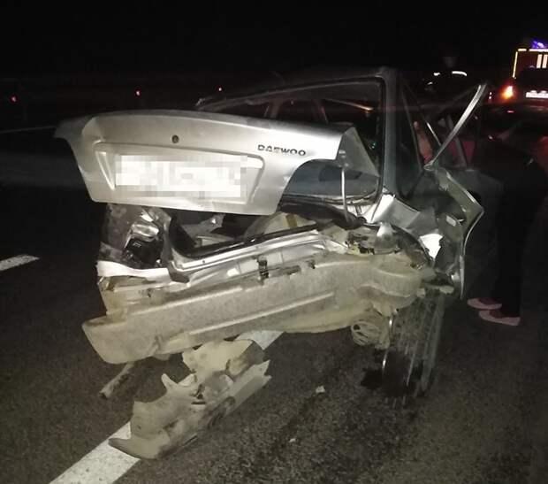 В Крыму на трассе «Таврида» столкнулись две легковушки