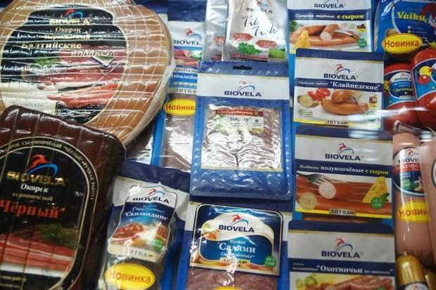 Даже не скрывают - литовские производители зарабатывают большие деньги, поставляя в Россию контрабандную колбасу