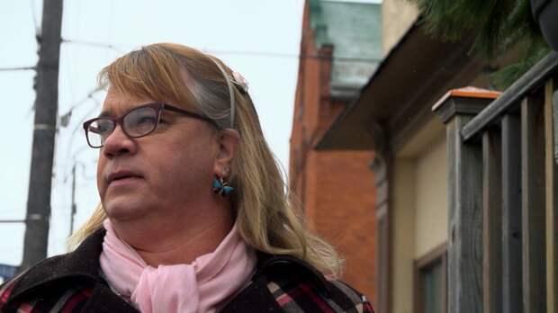 Отец семерых детей бросил семью, чтобы жить как трансгендерная 6-летняя девочка