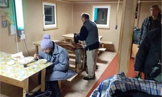 В Кирове появился вещевой бокс для бездомных