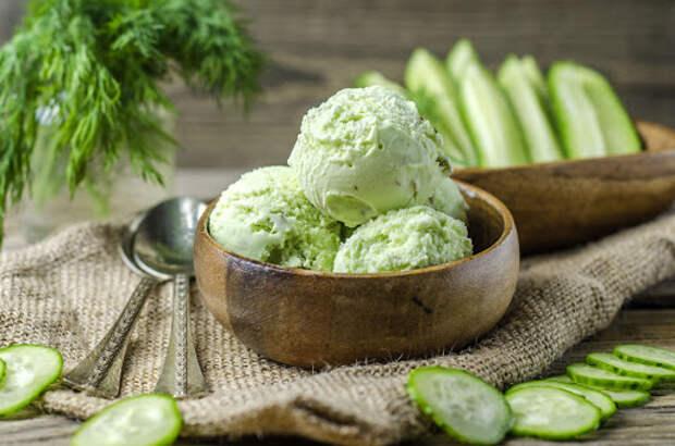 Мороженое из огурцов и авокадо. \ Фото: newokruga.ru.