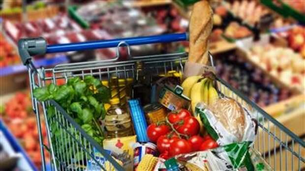Власти РФ усиливают контроль за ценами, при ускорении их роста будут готовить меры