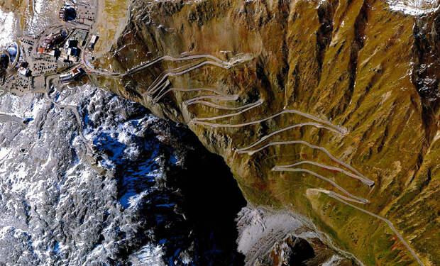 Горная дорога в Италии