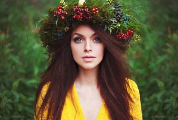 20 восхитительных девушек с цветочными венками