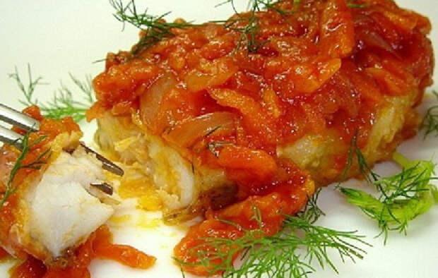 Рыба с помидорами: под овощной «шубкой», сметаной, сыром. Вкусные и простые рецепты из белой и красной рыбы с помидорами