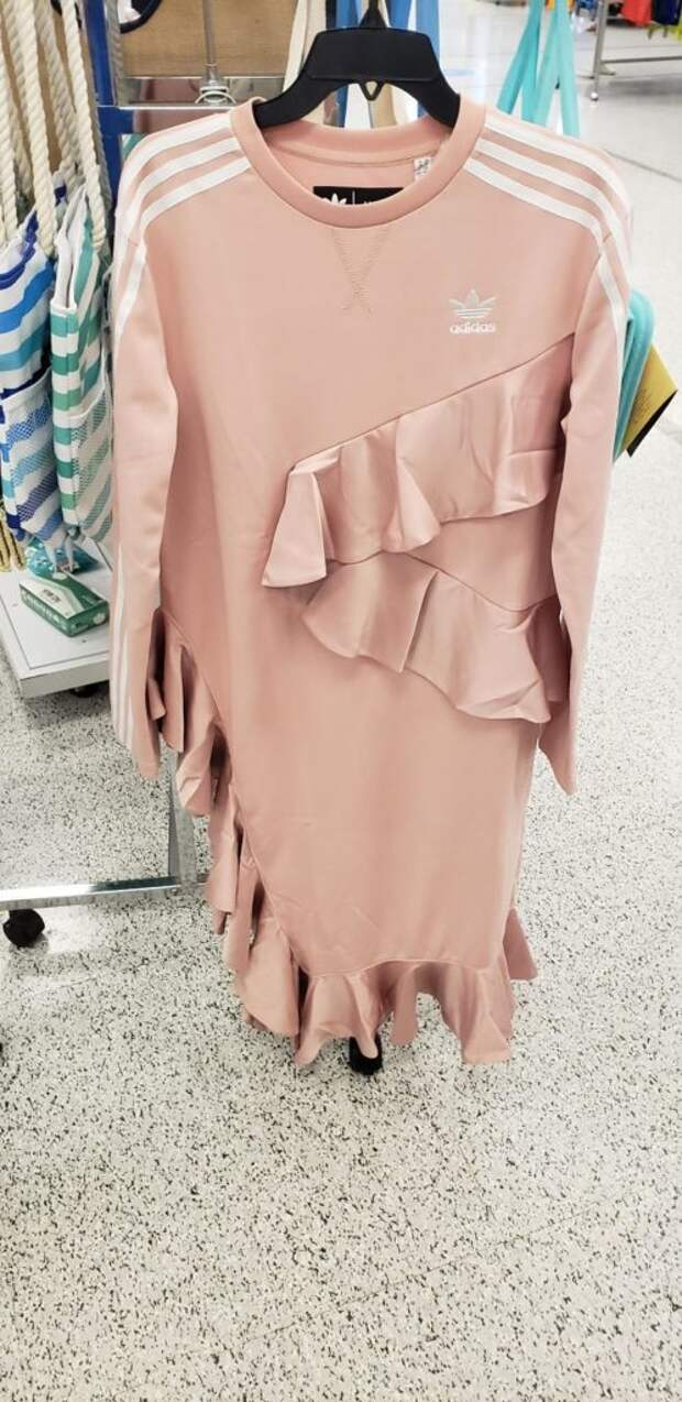 Топ самых ужасных дизайнов одежды