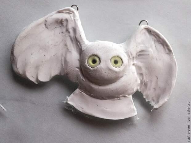 Создаём кулон из полимерной глины в виде белой полярной совы