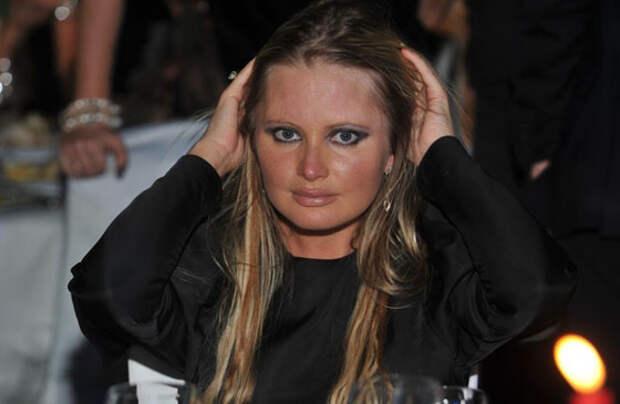 Дана Борисова ответила на обвинения в алкоголизме
