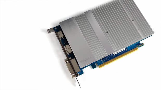 Очередной первый блин Intel вышел комом? Дискретная видеокарта Iris Xe в играх не может одолеть даже iGPU в Ryzen 7 5700G