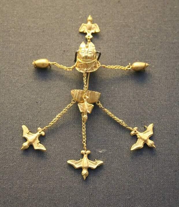 Украшения позднеминойского периода с острова Эгина. 1800-1550 год до н.